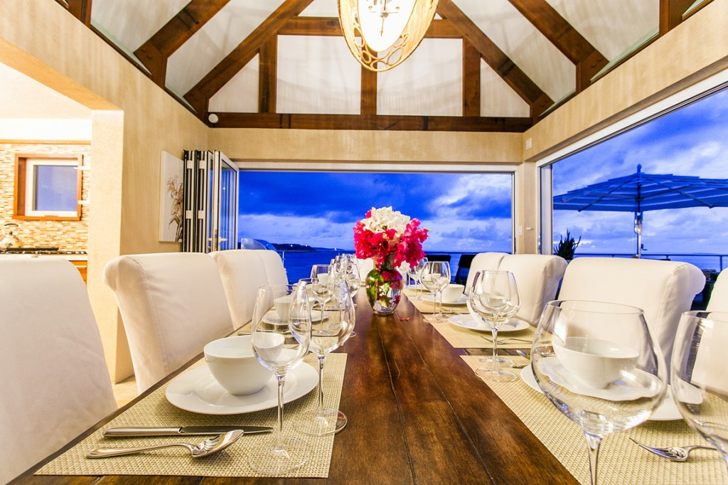 CéBlue Experience private suite dining
